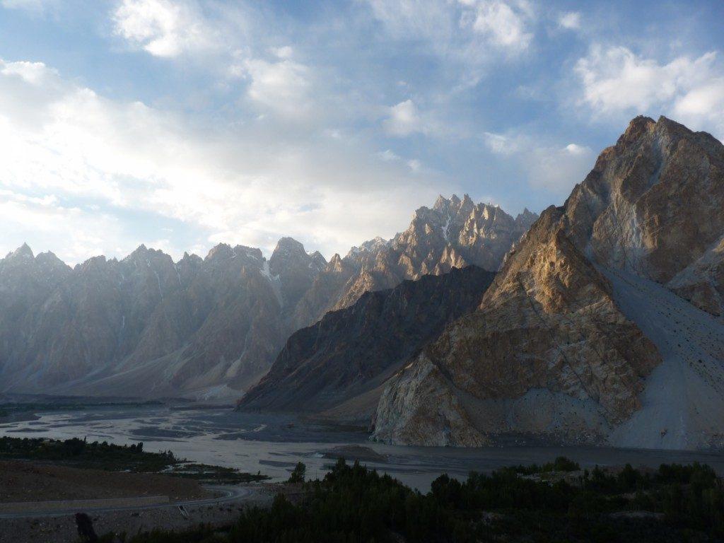 Passu Peaks, Hunza